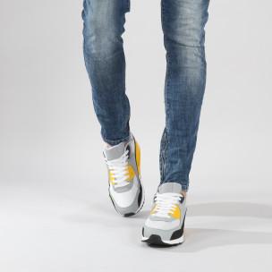 Ανδρικά πολύχρωμα αθλητικά παπούτσια με αερόσολα
