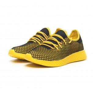 Ανδρικά κίτρινα αθλητικά παπούτσια Mesh με μαύρες λεπτομέρειες 2