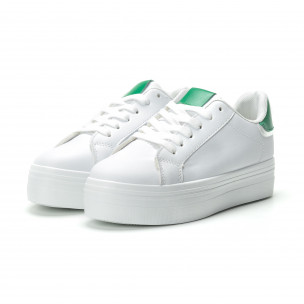 Γυναικεία λευκά sneakers με πλατφόρμα και πράσινη λεπτομέρεια  2