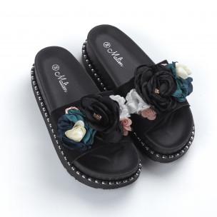 Γυναικείες μαύρες παντόφλες με λουλούδια 2