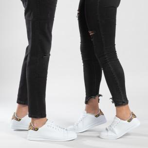 Λευκά sneakers για ζευγάρια με διακοσμητική λεπτομέρεια