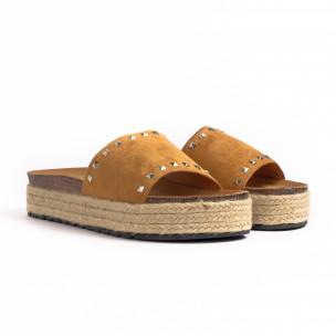 Γυναικείες camel παντόφλες Sweet Shoes 2