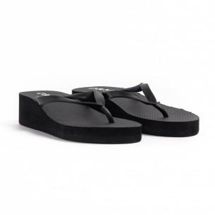 Γυναικείες μαύρες παντόφλες D&M 2