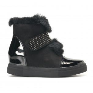 Γυναικεία μαύρα μποτάκια Fashion & Bella
