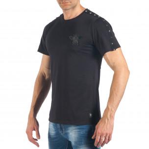Ανδρική μαύρη κοντομάνικη μπλούζα με σχέδιο  2
