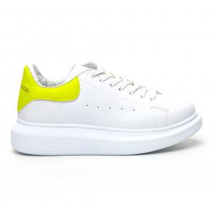 Γυναικεία λευκά sneakers Bambi
