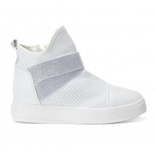 Γυναικεία λευκά ψηλά sneakers από συνδυασμό υφασμάτων με ασημένια διασκομητικά λαστιχάκια