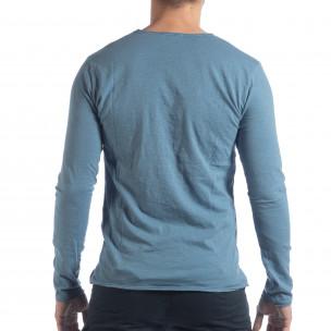 Ανδρική γαλάζια μπλούζα V-neck  2