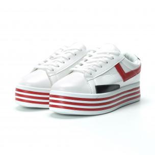 Γυναικεία λευκά sneakers με πλατφόρμα και πολύχρωμες λεπτομέρειες  2