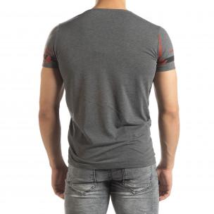 Ανδρική γκρι μελάνζ κοντομάνικη μπλούζα με πριντ 2