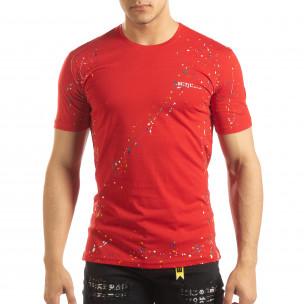 Ανδρική κόκκινη κοντομάνικη μπλούζα με διακοσμητικές πιτσιλιές μπογιάς