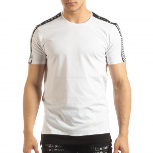 Ανδρική λευκή κοντομάνικη μπλούζα με μαύρες λεπτομέρειες  2