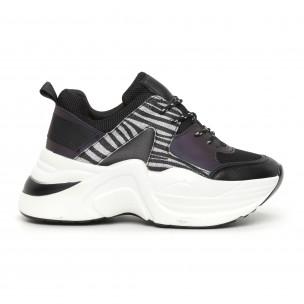 Γυναικεία αθλητικά παπούτσια μαύρο και ζέβρα
