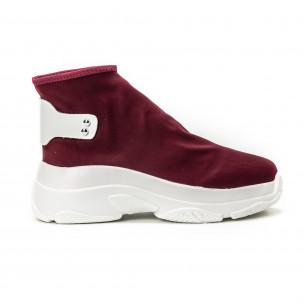 Γυναικεία κόκκινα sneakers χωρίς κορδόνια