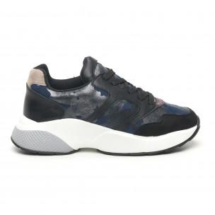 Γυναικεία αθλητικά παπούτσια με μεταλλικό πριντ ελαφρύ μοντέλο