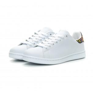 Ανδρικά λευκά sneakers με λεπτομέρεια κέντημα  2