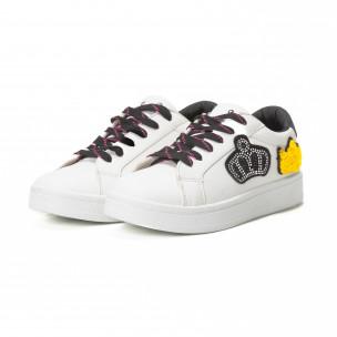 Γυναικεία λευκά sneakers με μαύρα κορδόνια και σχέδια 2