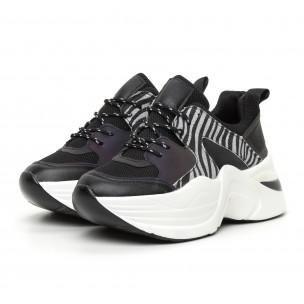 Γυναικεία αθλητικά παπούτσια μαύρο και ζέβρα  2