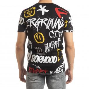 Ανδρική μαύρη κοντομάνικη μπλούζα με γκράφιτι  2