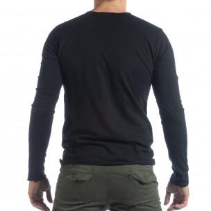 Ανδρική μαύρη μπλούζα V-neck 2