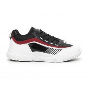 Ανδρικά μαύρα-λευκά αθλητικά παπούτσια με λεπτομέρειες από λουστρίνι