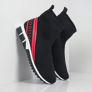 Ανδρικά αθλητικά παπούτσια τύπου κάλτσα με κόκκινη ρίγα