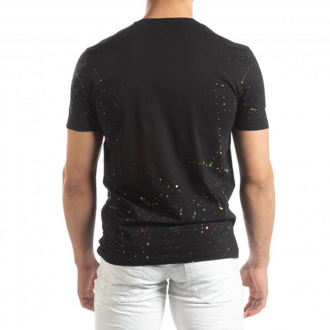 82f06cbdf03 Ανδρική μαύρη κοντομάνικη μπλούζα με διακοσμητικές πιτσιλιές μπογιάς