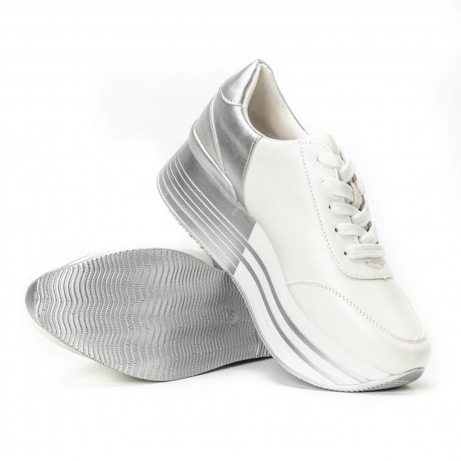 ... Γυναικεία λευκά sneakers με πλατφόρμα και ασημί λεπτομέρειες it150818-70  4 8643cd89dc6
